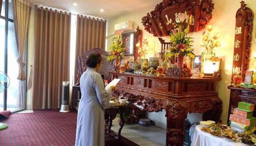 bàn thờ gia tộc nguyễn quý thanh