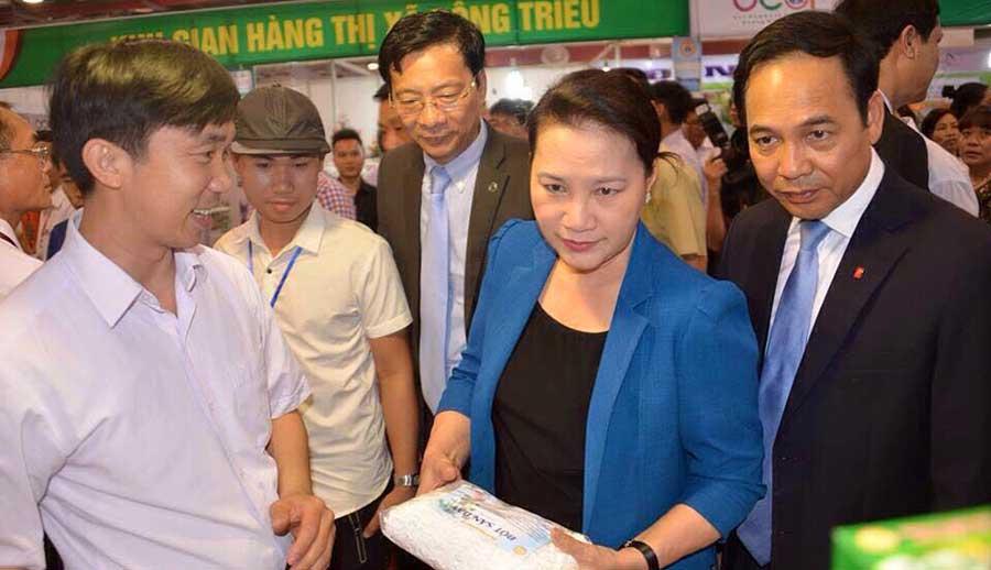 Chủ tịch Quốc Nguyễn Thị Kim Ngân