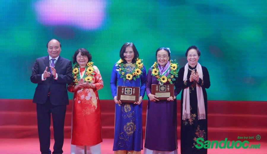 PGS-TS Phạm Thu Nga